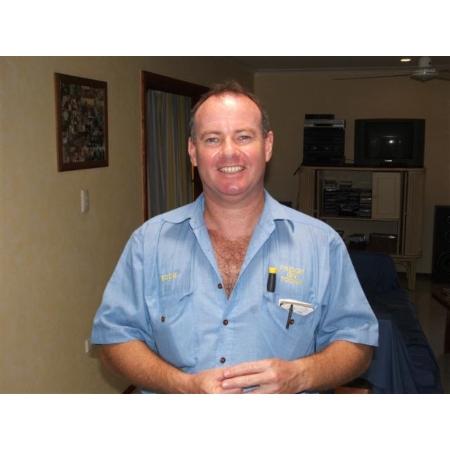 fridge repairs cairns Mobile Domestic Freezer repair service Cairns